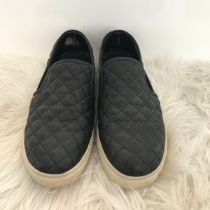Steve Madden Ecentrcq Leather Black Slip on Flat